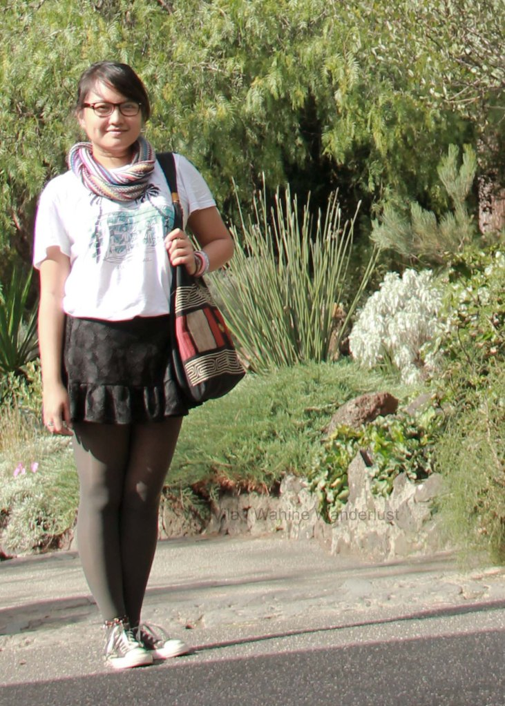 Scarf, Saizen | 'All Is Swell' Shirt, Coast Thru Life | Lace skirt, Jatujak | Leggings, Watsons | Sneakers, Converse